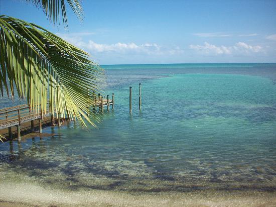 Kon-Tiki Resort: View from Lazy Dayz Cafe - Oceanside