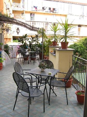 Bellini B&B: The terrace - a nice spot to relax after walking all day