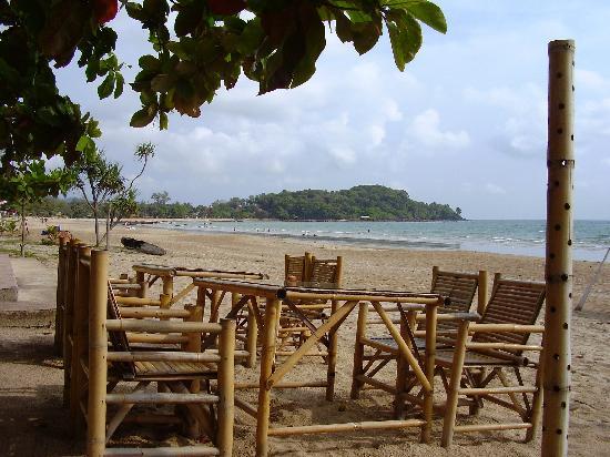 Lanta Island Resort: Beach