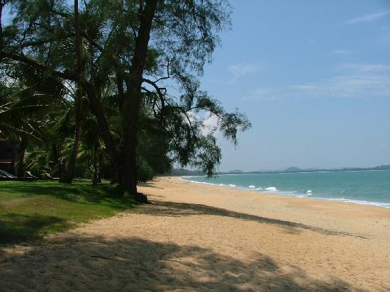 Club Med Cherating Beach : The beach - paradise!!