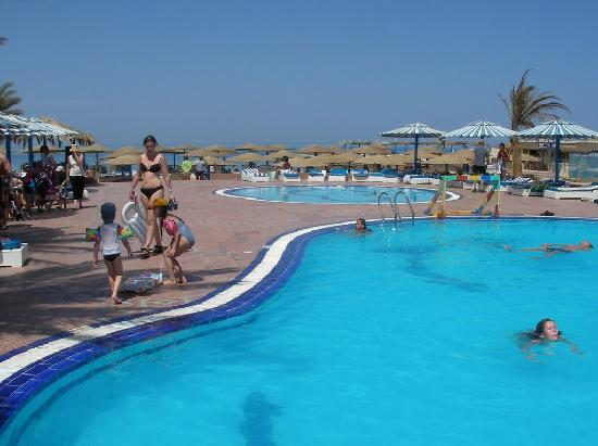 Triton Empire Beach Resort: Hotel Pools
