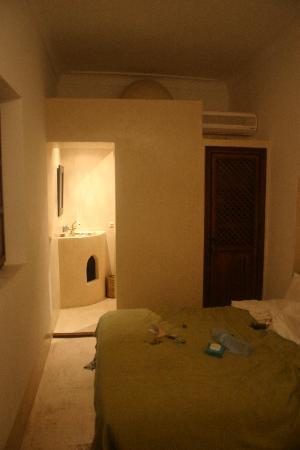 Riad Dar Zaman: Bedroom