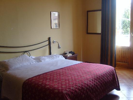 Hotel Azzi - Locanda degli Artisti: our room