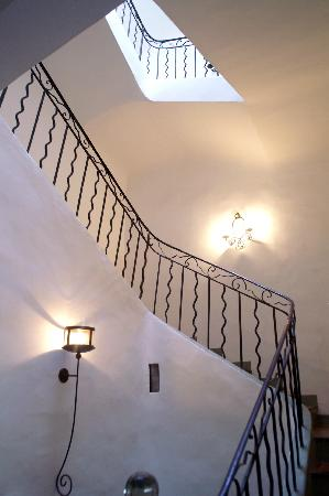 Villa de Lorgues : Montée d'escalier
