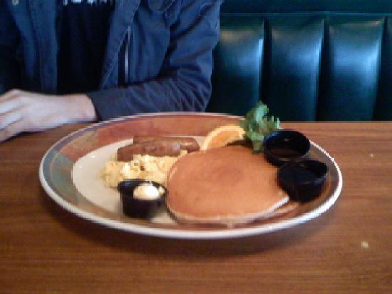 Lumberjack's Restaurant : Pancakes with eggs and sausage