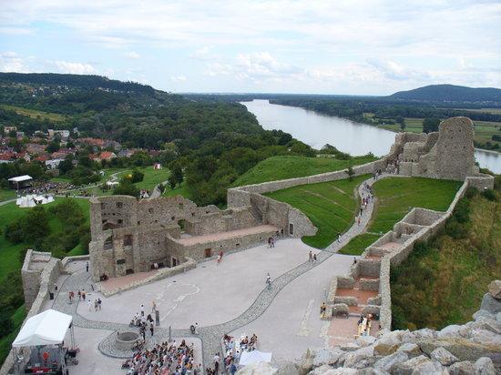 Bratislava, Slovensko: Devin Castle