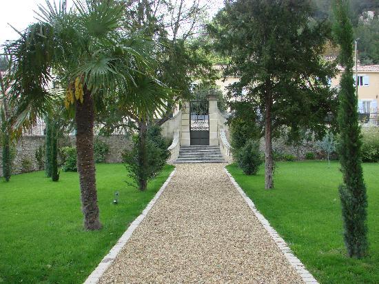 La Bastide de Boulbon: La Bastide du Boulbon