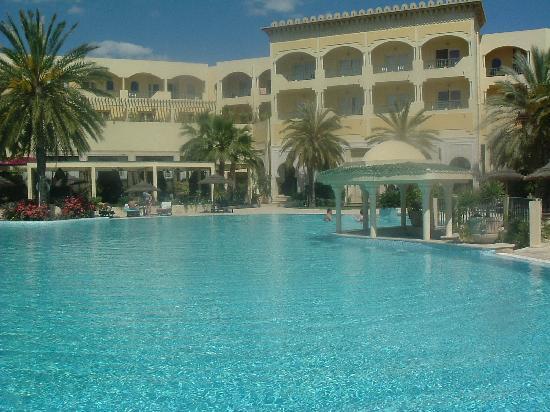Hotel Almaz: pool