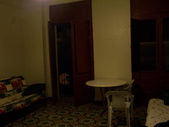 Castro Guest House Old San Juan: The room at night