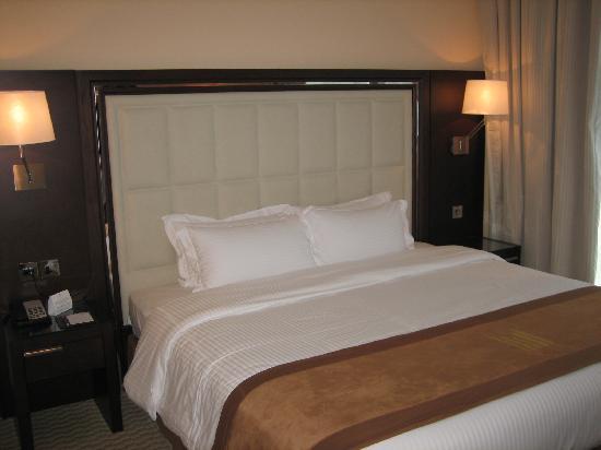 Copthorne Hotel Dubai : Executive Bedroom
