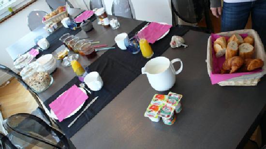 La Belle Strasbourgeoise : Breakfast