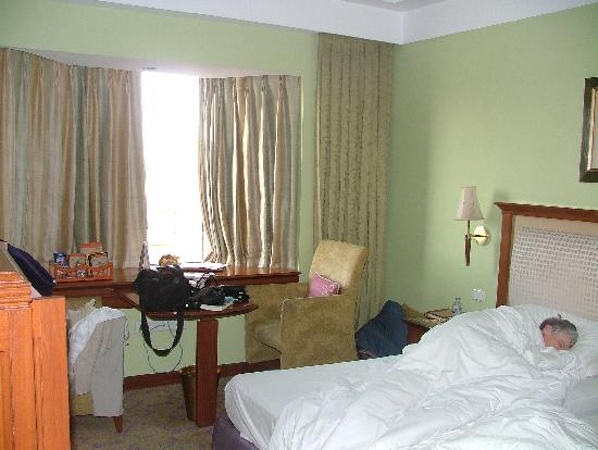 The Uppal Hotel - an Ecotel Hotel: A comfortable bed.