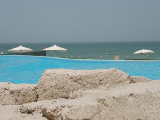 Coral Beach Resort Sharjah: Sea view