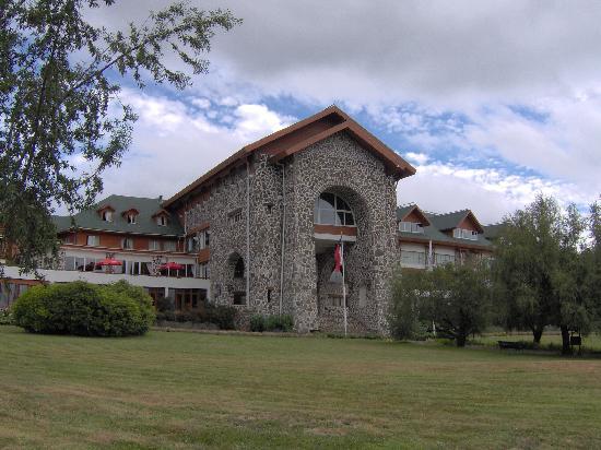 Termas Puyehue Wellness & Spa Resort: Exterior of Hotel
