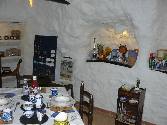 Cueva Pedro: The dining room