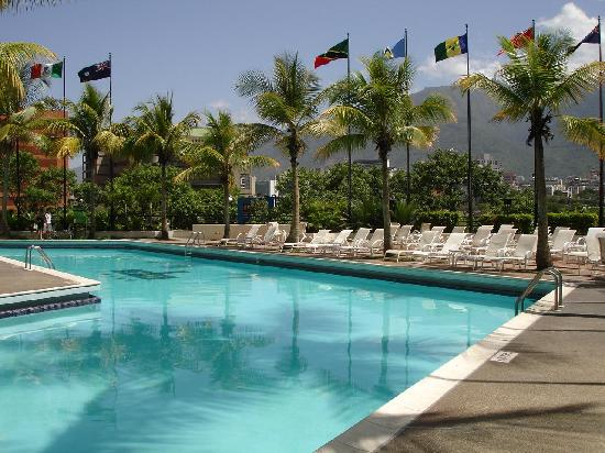 Eurobuilding Hotel and Suites Caracas: Pool area -- the best part!