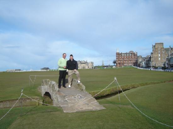 Brownlees Guest House: W/ Trevor on the Old Course