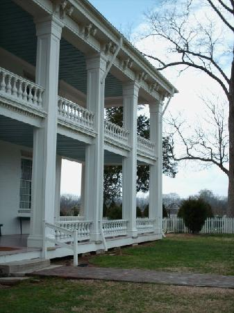 Franklin, TN: Back porch of the Plantation