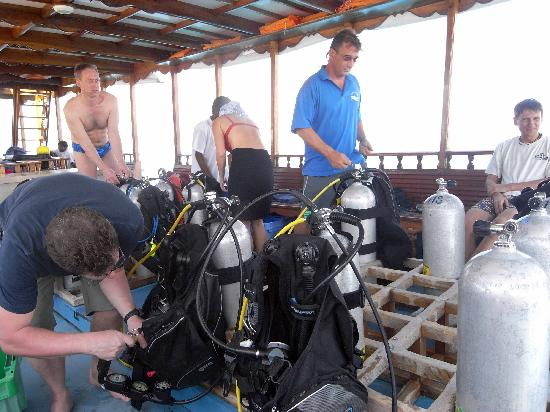 Mirihi Island Resort : on the dive boat