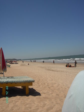 Osborne Resort Goa : calanguye beach candolin end