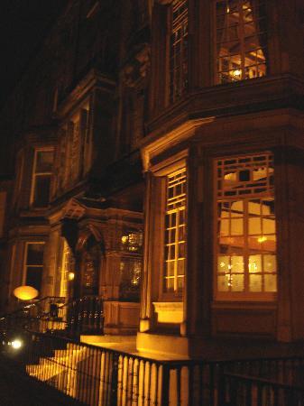 B+B Edinburgh: The Melvin House Hotel