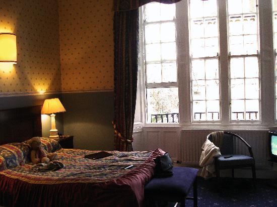 B+B Edinburgh: Room 2