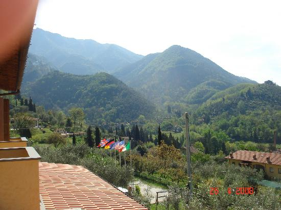 Locanda Podere il Riposo: View of Mountains
