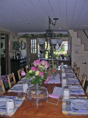 Isaiah Hall Bed and Breakfast Inn Picture