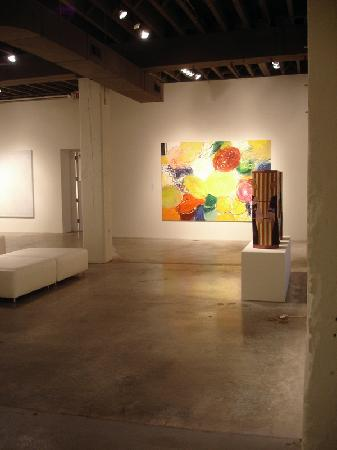 Bemis Center for Contemporary Arts : Bemis Walls 2