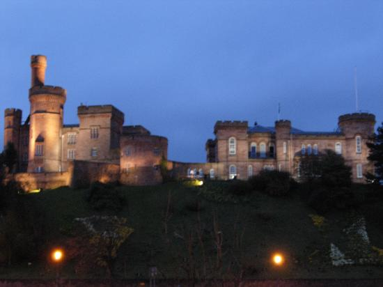 Macrae Guest House: Inverness Castle at night, right down the street.