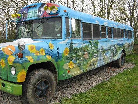 Elkins, Virginia Occidentale: Hippie Bus