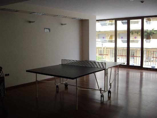 Servigroup Papa Luna: ping pong