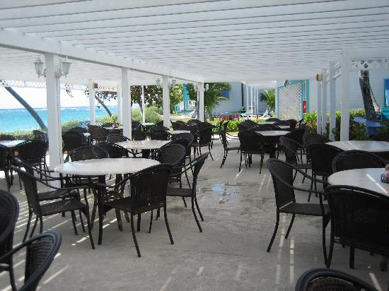 Hope Town Harbour Lodge: beach side dining and where my friend is holding her reception!