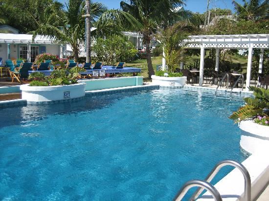 Hope Town Harbour Lodge: Pool