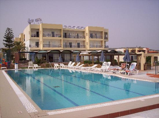 Hotel Astir Beach: Hotel, from the pool