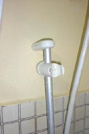 Tanjung Bidara Beach Resort: shower handle bracket