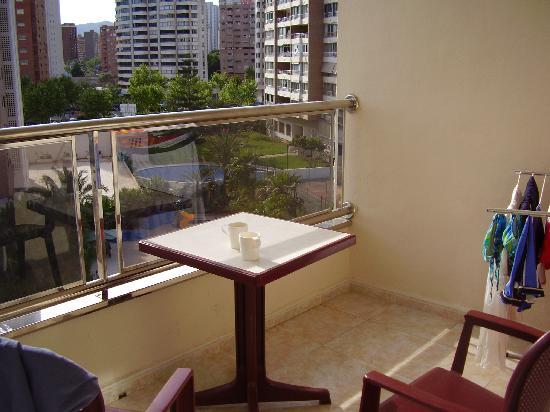 Servigroup Castilla: large sunny balcony
