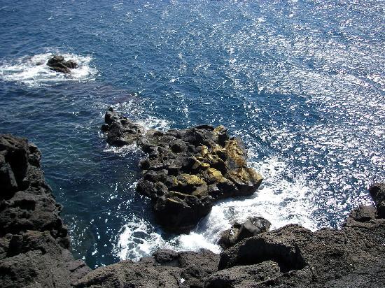 Aci Castello : Fesen am Kastell im Meer