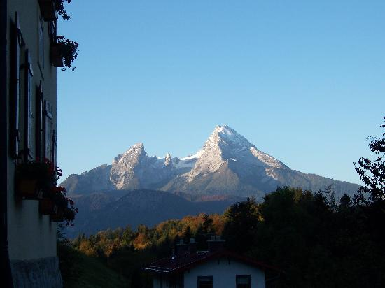 Hotel und Gasthaus Maria Gern: View of mountains from Hotel Maria Gern