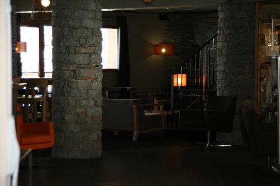 Kaya Chalet Hotel: Le Bar