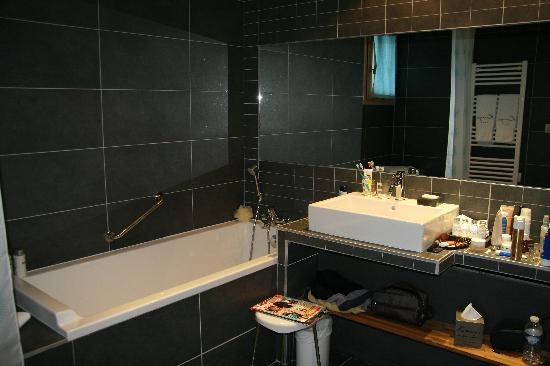 Salle de bain - Picture of Kaya Chalet Hotel, Les Menuires - TripAdvisor