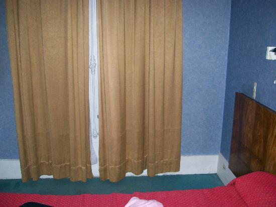 Hotel Luxia: la camera