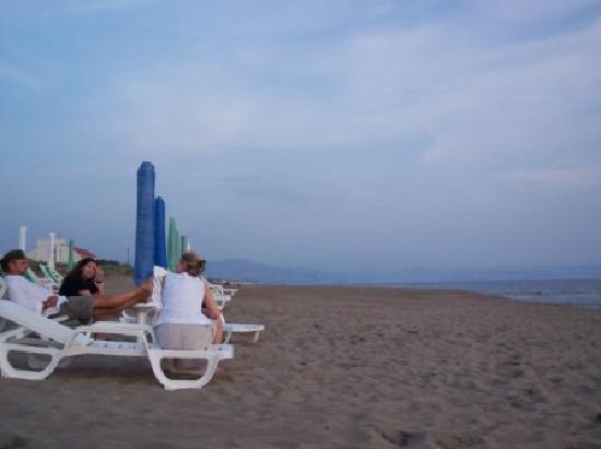 Oleandri Resort Paestum - Hotel Residence Villaggio Club: The beach