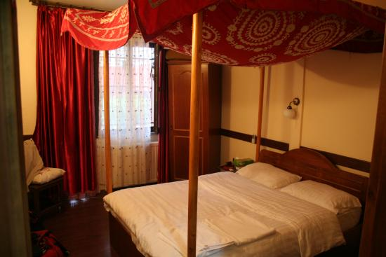 Hotel Sebnem: Our romantic bedroom