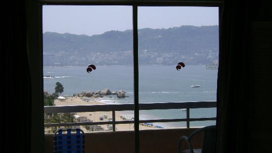 Playa Suites Acapulco: vista al mar desde la habitacion
