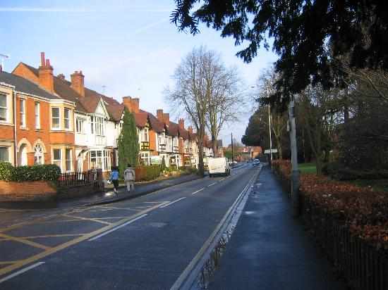 Stretton Guest House: Stratford - looking towards B&Bs