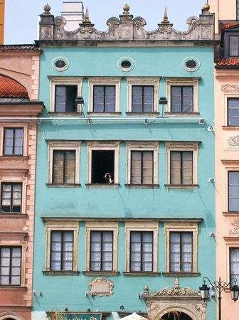 ตลาดจัตุรัสโอลด์ทาวน์: Typical building