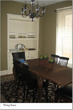 Chicago Guest House : Dining Room