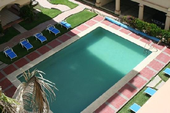 Marina Del Rey Beach Club: Green Pool