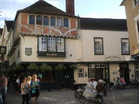 Sun Hotel and Tea Rooms: I found it a clean and a great place